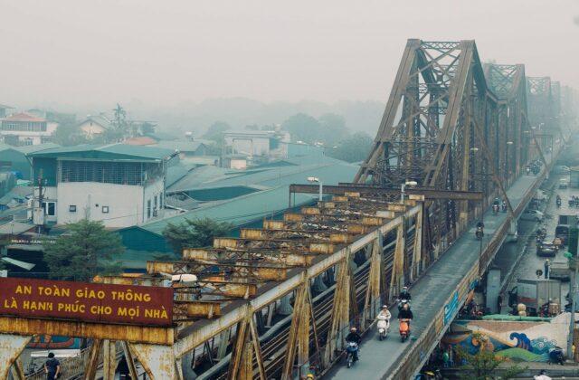 Vietnam-Hanoi-Long-Bien-Brücke