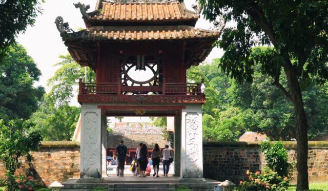 Reise in die vietnamesische Kultur - Hauptstadt Hanoi Vietnam