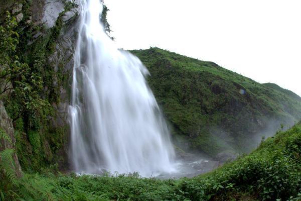 10-schonsten-wasserfalle-in-vietnam1