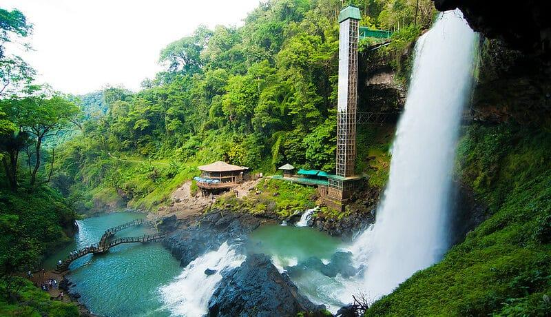 Dambri Wasserfall Vietnam in Bao Loc, Lam Dong
