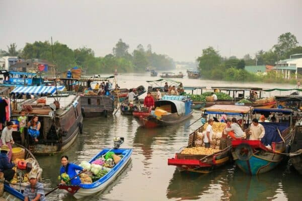 Schwimmende-Markt-Mekong-Delta-vietnam