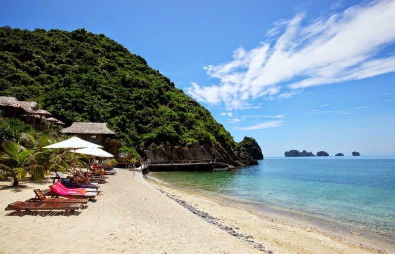 Cat Ba Strand-Island Vietnam